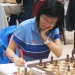 Who will play against Hou Yifan?